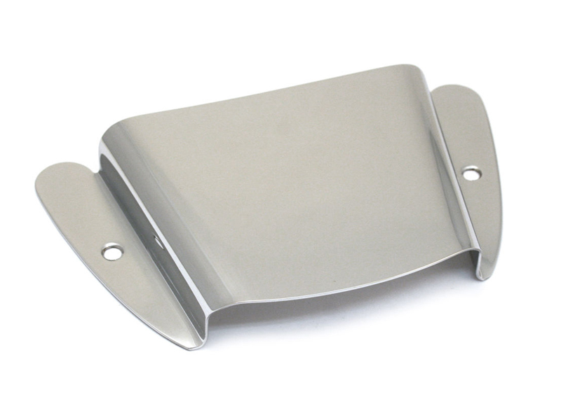 FENDER Vintage-Style '51 Precision Bass Bridge Cover, Chrome | Baskytarový hardware - 1