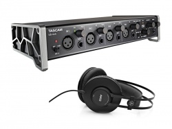 TASCAM US-4x4 plus AKG K52